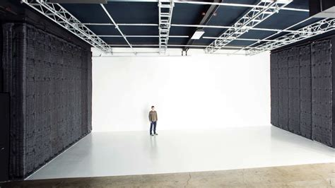 white studio 7 benefits of using a white wall studio meets the eye