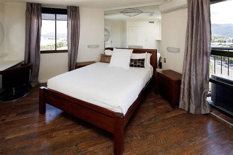 Bedroom Furniture Cairns Cairns Esplanade Luxury Apartments Free Offer Book Now