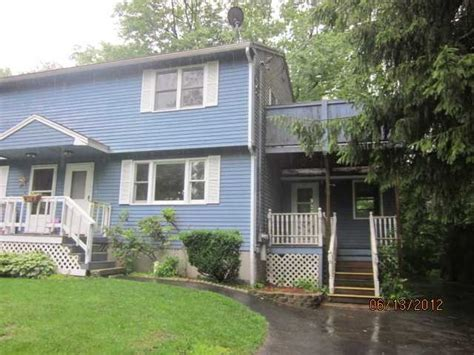 4 albert st haverhill massachusetts 01832 foreclosed
