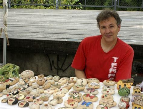 decoração de jardim pedras pintadas pedras pintadas maur 237 cio feira vila das artes