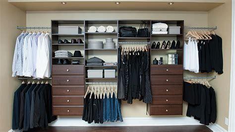 idee de rangement pour garde robe 15 astuces pour ranger vos petits espaces les id 233 es de