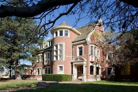 celebrity house tours tour the american horror story house in l a hgtv