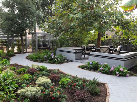 Backyard Shade Trees by Add Shade And Serenity To Your Outdoor Space