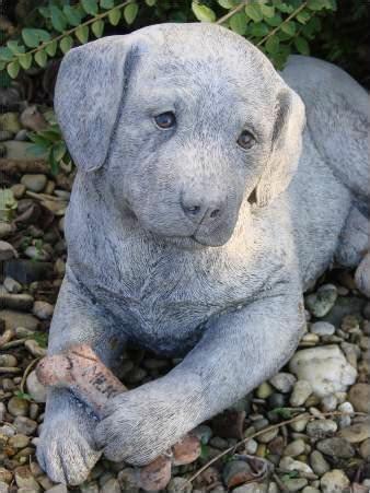 garten ideen hunde tiere steinfiguren und dekofiguren