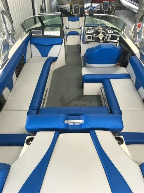 wakeboard boat interior 17 best images about mastercraft on pinterest the surf