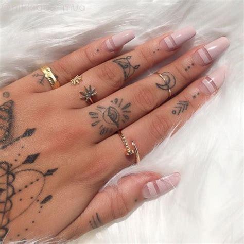 third eye tattoo on finger lustt and luxury tats pinterest tattoo small nail