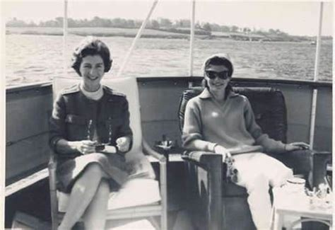 jackie janet the secret lives of janet auchincloss and daughters jacqueline kennedy onassis and radziwill books 1000 images about j b k o on jackie kennedy
