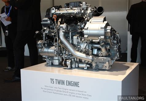t5 volvo engine volvo debuts new t5 engine 7 speed dct for v40 xc40