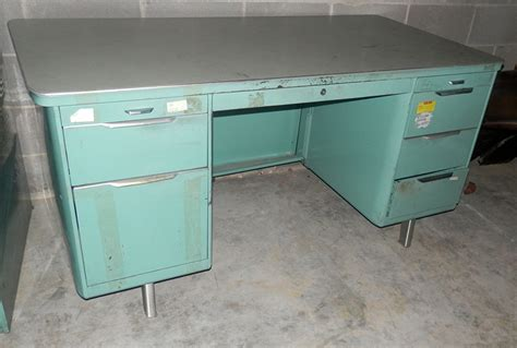Vintage Metal Office Desk Vintage Steel Office Desk Desk Ideas