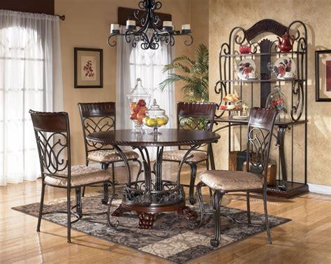 Dining Room Sets In El Paso Tx Alyssa Dining Set From National Furniture Liquidators El