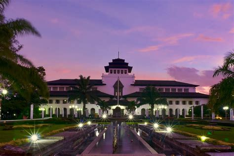 unique     bandung  worth  visit