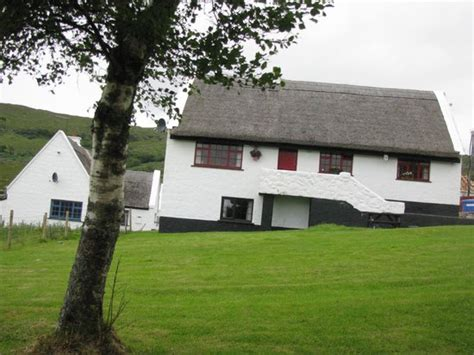 the picture of connemara country cottages