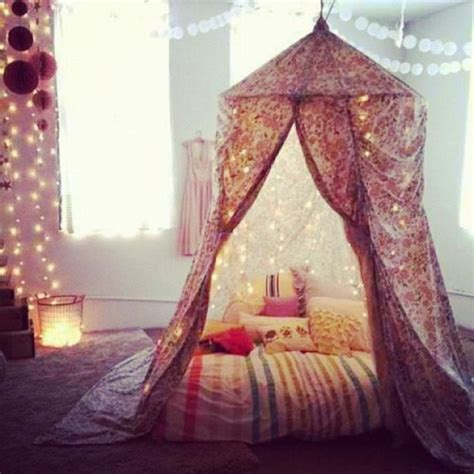 fairy lights girls bedroom 14 ways to decorate your bedroom with fairy lights wave