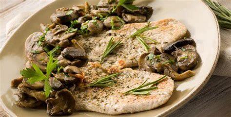come cucinare le scaloppine ai funghi ricette secondi funghi come cucinare secondi funghi