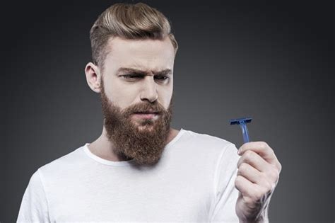 do women have to shave their neck with a short haircuts 10 reasons why you shouldn t shave your beard