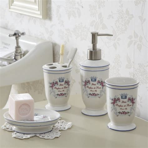 Chic Bathroom Accessories Happening Shabby Chic Bathrooms Bedroom Ideas