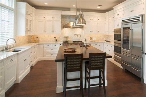 petit ilot cuisine cuisine petit ilot central cuisine avec clair couleur petit ilot central cuisine idees de couleur