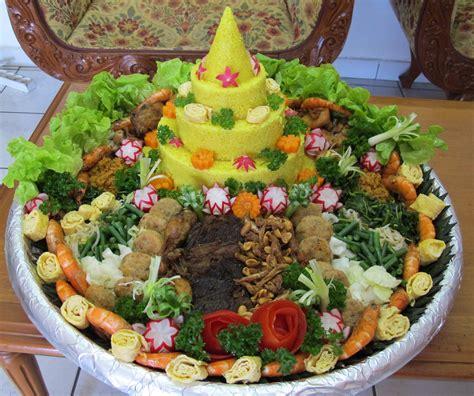 cara membuat nasi kuning untuk ultah cara membuat hiasan nasi tumpeng ulang tahun bliblinews com