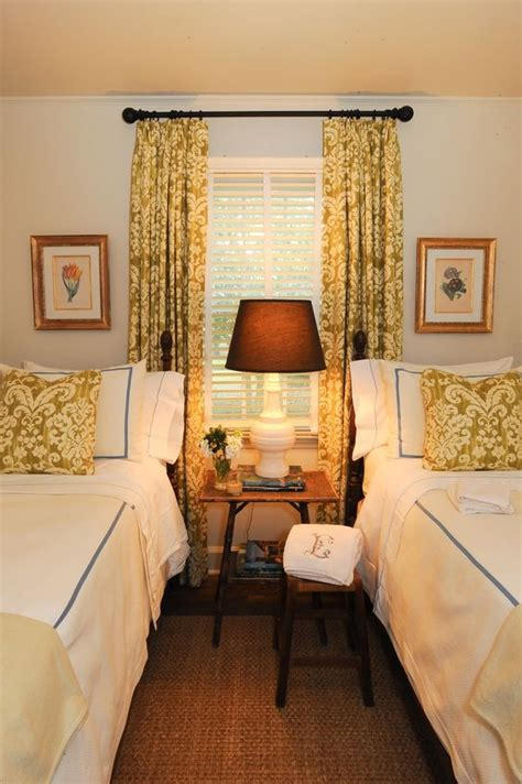 ways to make a room warmer guest room way to make the most of a small space also the idea of curtains and