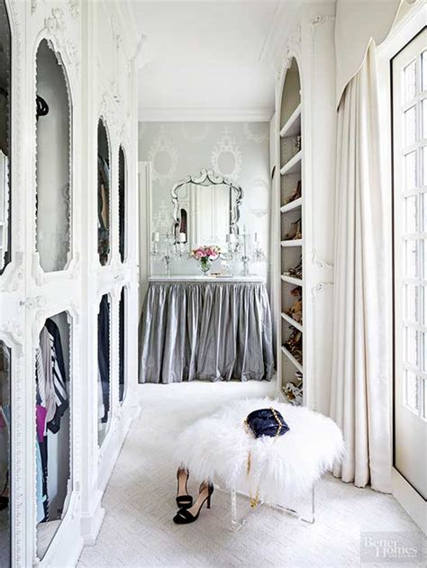 Closet Of Guilt And Pleasure 2 by Closets That Put Carrie Bradshaw To Shame