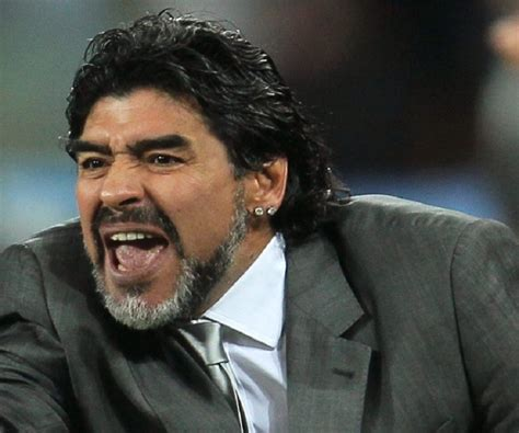 diego maradona biography childhood achievements