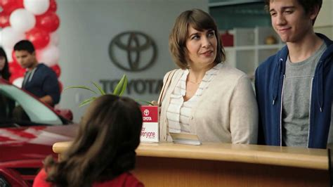 toyota commercial actress pregnant laurel coppock plays the character jan in a series of