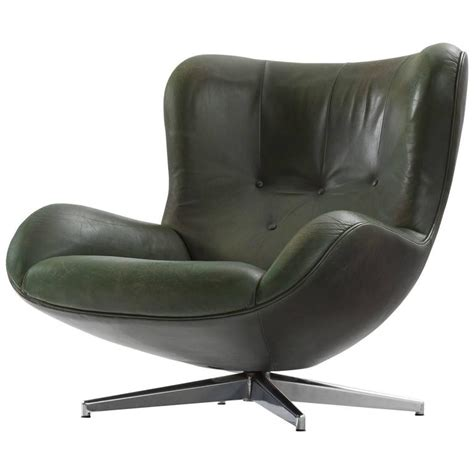 Green Leather Swivel Recliner Chairs Illum Wikkels 248 Green Leather Swivel Lounge Chair For Sale