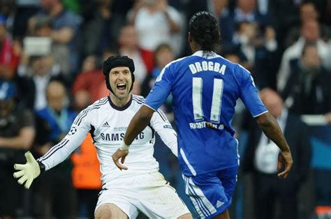 chelsea legend i d want him in the trenches petr cech praise for chelsea