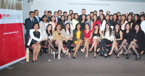 Mba Esan Arequipa by 112 Profesionales Culminaron Sus Estudios En Los Programas