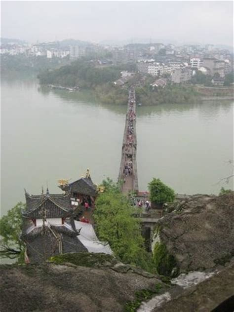 drunken bridge access   shi bao zhai temple