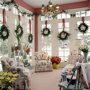 decorating the home for christmas 20 tips for saving money on christmas decorations