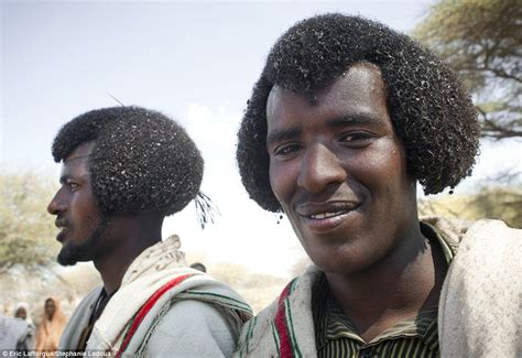 ethiopian mens hair style ethiopian tribes who use butter to style their hair