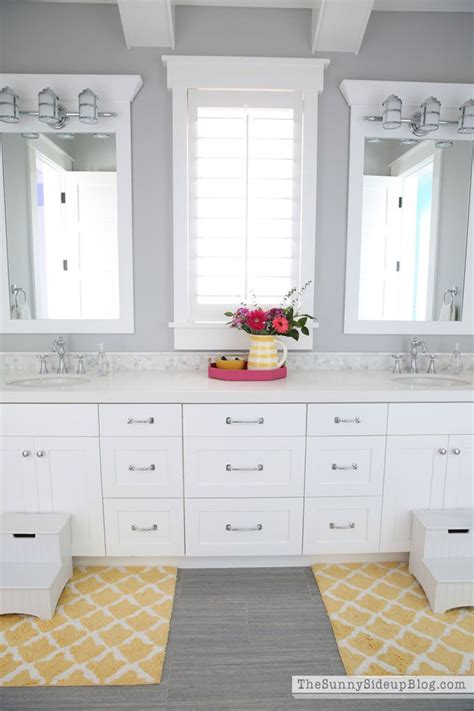 Pottery Barn Bathroom Paint Colors by 25 Best Ideas About Gray Paint On Gray Paint