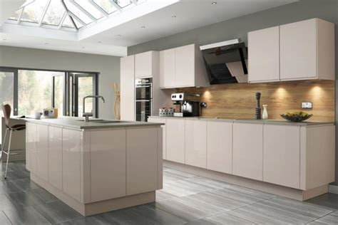 welford handleless kitchen  savanna lark larks