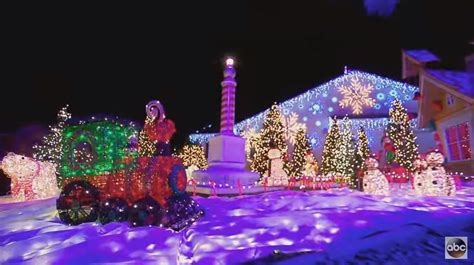 the great christmas light fight the great christmas light fight 2015 best holiday