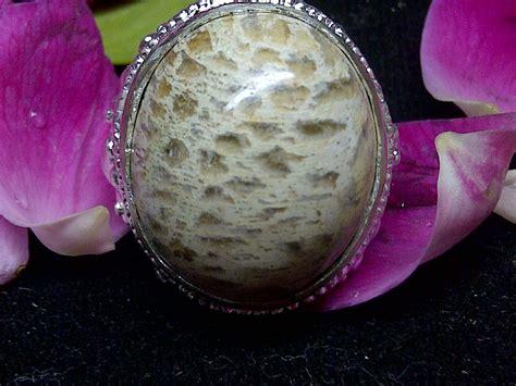 Minyak Mistik Misik Putih Asli benda mustika bertuah batu mustika azimat antik mistik