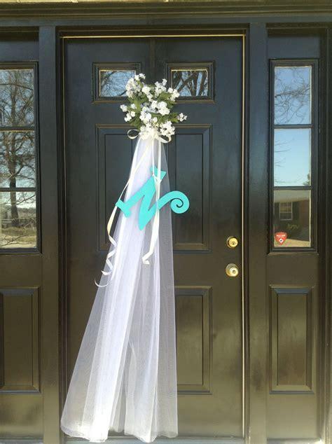 Front door decoration for bridal shower.   My front door