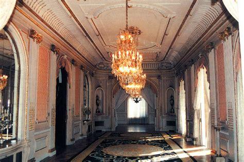 sede mediolanum la historia palacete abadal sede de banco mediolanum