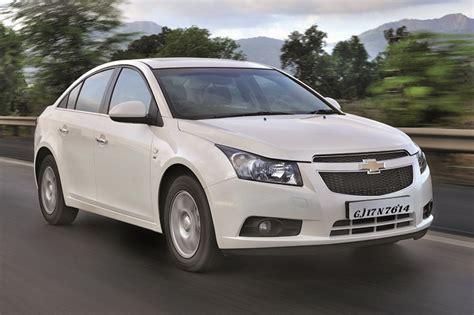 chevrolet cruze facelift revealed autocar india chevrolet reviews autocar india autos post