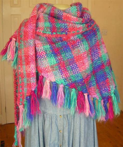 triangle loom pattern 65 best images about triangle weaving on pinterest loom