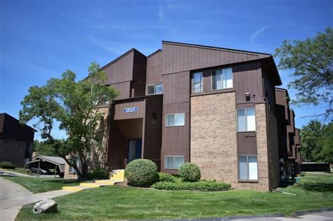 1 Bedroom Apartments In Southfield Mi by Mapletree Apartments Apartments Southfield Mi