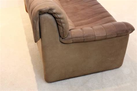 soft brown leather sofa soft brown leather sofa simmons umber brown soft bonded