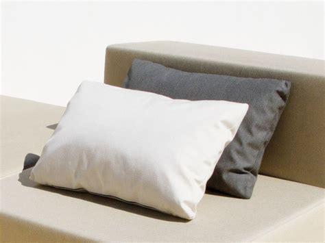 tessuti per cuscini divani cuscino rettangolare in tessuto per divani bob cuscino