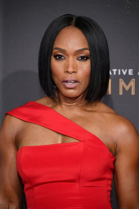 Angela Bassett Hairstyles by Angela Bassett Bob Hairstyles Lookbook Stylebistro