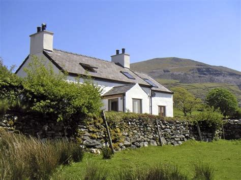 Cottages In Wales By The Sea With Pets by Y Fron Llanberis Caernarfon Self Catering