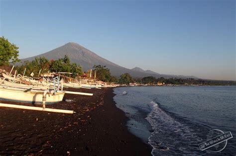 volcanic beach bali volcanoes and colorful beaches seetheworldinmyeyes
