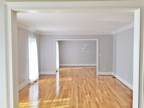 light wood flooring what color to paint walls hickory 10 times gray was the perfect color for everything
