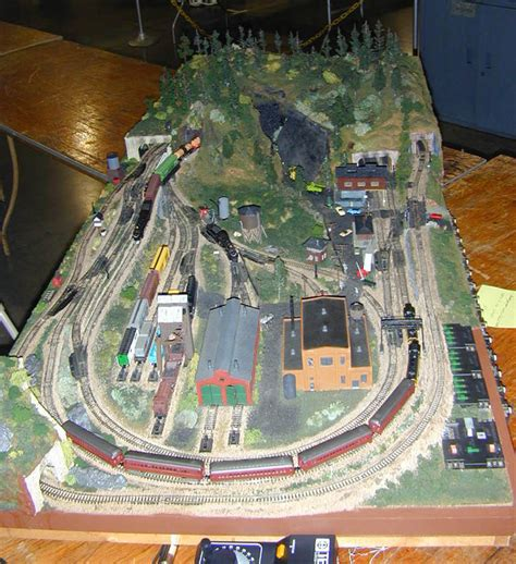 layout n scale train small ho model train layouts male models picture