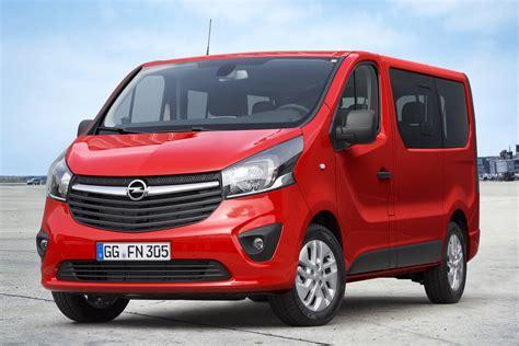 opel vivaro gets combi version for passenger transport