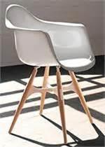 zigzag armchair zigzag armchair lounge chair kubikoff zigzag chairs